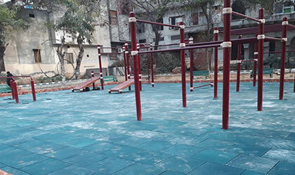 outdoor rubber flooring for park gym